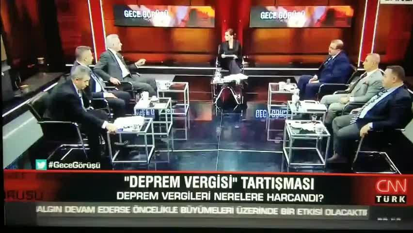 CNN Türk canlı yayınında Kötü kayarım bak dedi ortalık karıştı! Hande Fırattan sert tepki