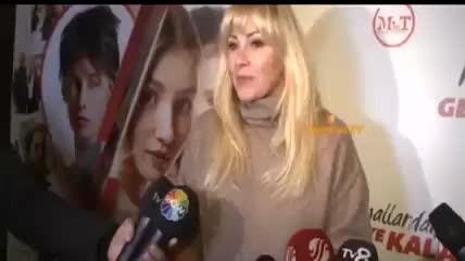 Pınar Altuğ'dan tayt çıkışı: O fotoğrafı büyütüp oraya bakmak...