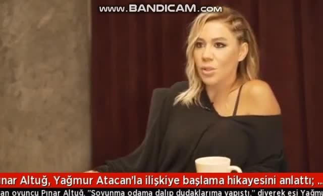 Pınar Altuğ, Yağmur Soyunma Odasına girdi.